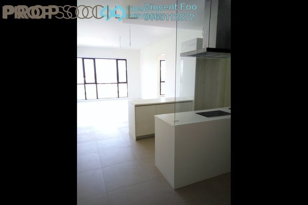 For Sale Serviced Residence at Nova Saujana, Saujana Freehold Semi Furnished 3R/3B 950k