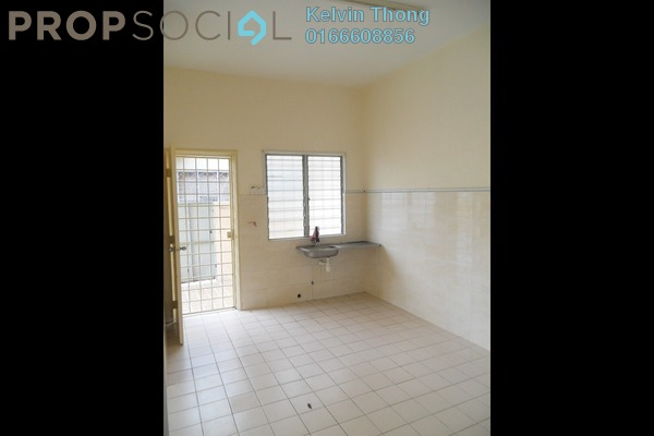 For Sale Terrace at Taman Puchong Intan, Puchong Freehold Semi Furnished 3R/3B 418k