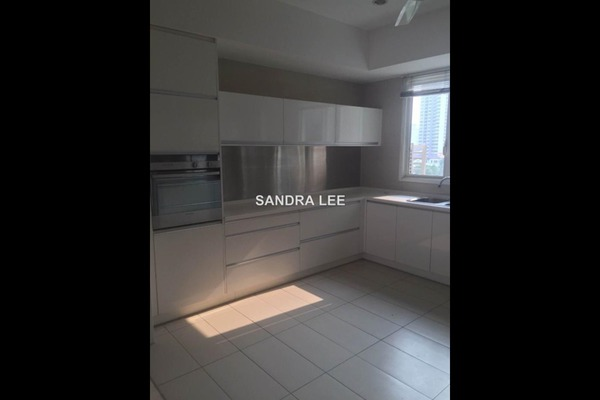For Sale Condominium at Kiaraville, Mont Kiara Freehold Semi Furnished 4R/5B 2.55m