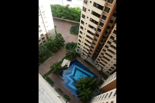 For Sale Condominium at Palm Spring, Kota Damansara Leasehold Fully Furnished 3R/2B 450k
