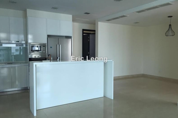 For Rent Condominium at 11 Mont Kiara, Mont Kiara Freehold Semi Furnished 3R/4B 8.5k