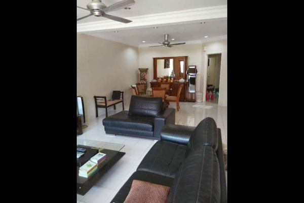 For Sale Terrace at Seri Utama, Kota Damansara Leasehold Semi Furnished 4R/3B 900k