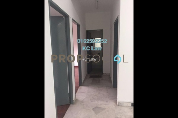 For Sale Apartment at Starville, UEP Subang Jaya Freehold Unfurnished 3R/2B 350k