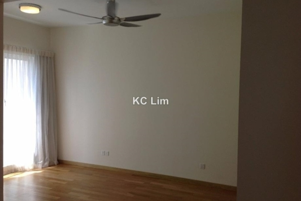For Sale Condominium at 28 Mont Kiara, Mont Kiara Freehold Semi Furnished 3R/4B 1.88m