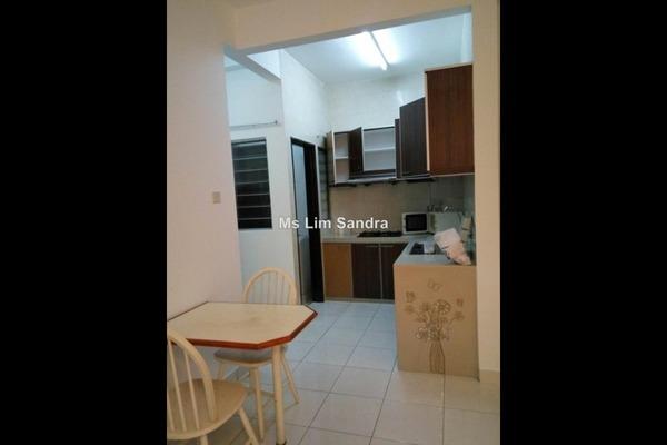 For Rent Serviced Residence at Casa Tiara, Subang Jaya Leasehold Semi Furnished 3R/3B 2k