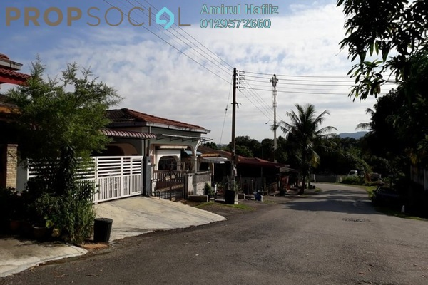 For Sale Terrace at Taman Bukit Mewah, Kajang Freehold Unfurnished 3R/2B 355k
