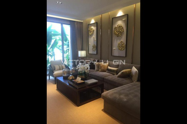 For Sale Serviced Residence at Agile Mont Kiara, Dutamas Freehold Semi Furnished 1R/1B 800k