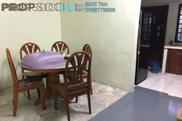 For Sale Terrace at Taman Sri Gombak, Batu Caves Freehold Semi Furnished 4R/3B 695k