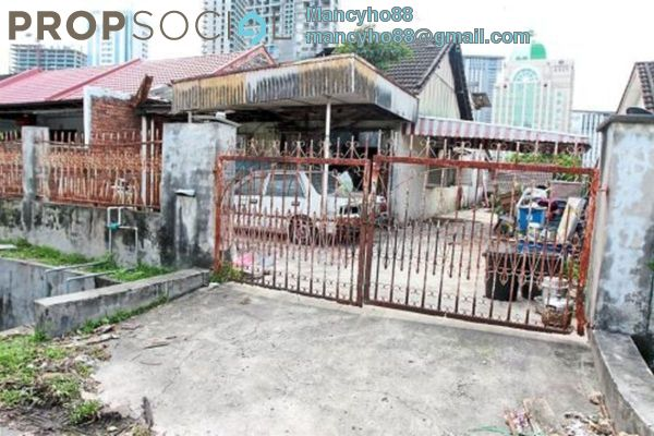For Sale Terrace at Sungei Way, Petaling Jaya Freehold Unfurnished 4R/3B 480k