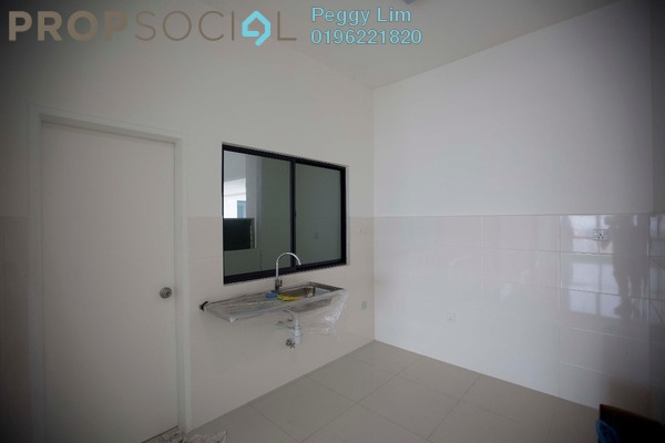 For Rent Condominium at 8 Kinrara, Bandar Kinrara Freehold Semi Furnished 3R/2B 2.3k