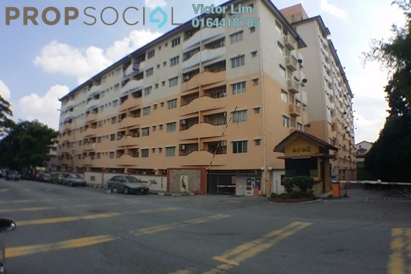 For Rent Apartment at Megaria Tulip, Seri Kembangan Freehold Semi Furnished 3R/2B 1.2k