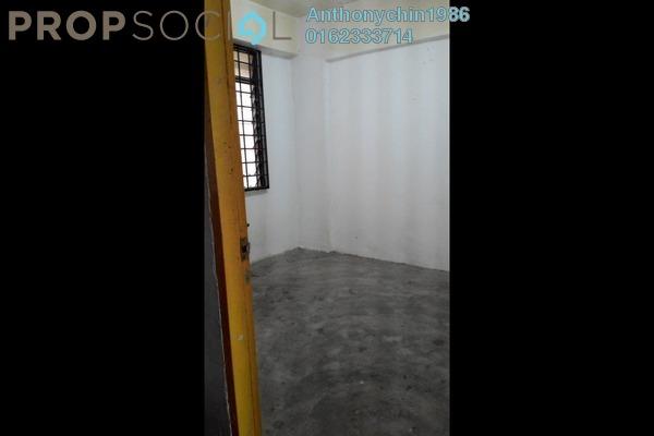 For Rent Apartment at Kantan Court, Seri Kembangan Freehold Unfurnished 3R/2B 600translationmissing:en.pricing.unit