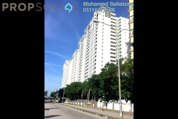 For Sale Condominium at Sterling, Kelana Jaya Freehold Semi Furnished 3R/2B 750k