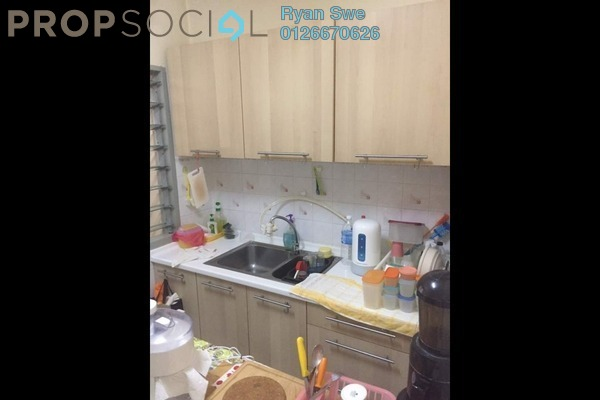 For Sale Apartment at Sri Damansara Court, Bandar Sri Damansara Freehold Semi Furnished 2R/2B 340k