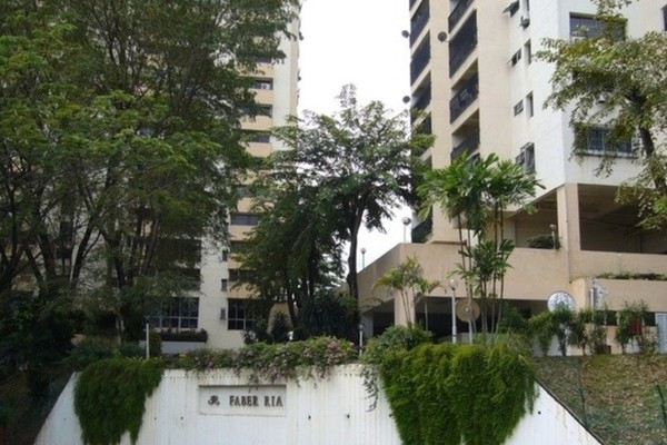 For Sale Condominium at Faber Ria, Taman Desa Freehold Semi Furnished 2R/2B 600k