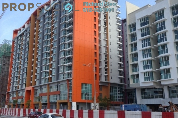 For Sale Condominium at Pacific Place, Ara Damansara Leasehold Semi Furnished 3R/2B 680k