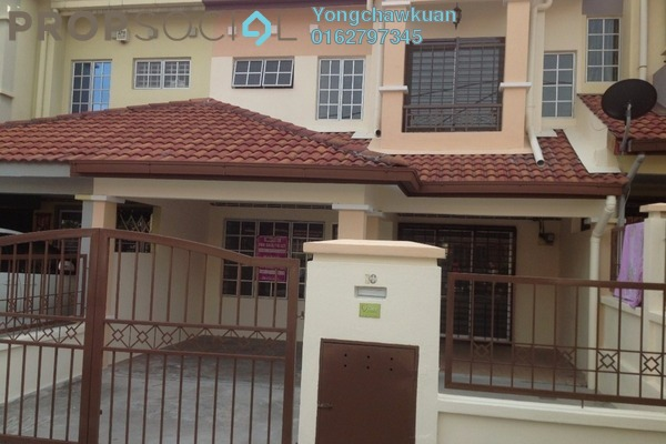 For Sale Terrace at BP11, Bandar Bukit Puchong Freehold Semi Furnished 4R/3B 700k
