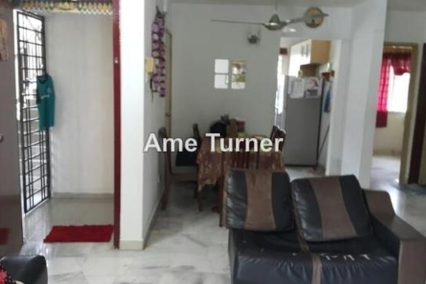 For Sale Apartment at Mayang Apartment, Bandar Kinrara  Semi Furnished 3R/2B 360k