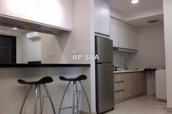 For Rent Serviced Residence at Pacific Place, Ara Damansara Leasehold Fully Furnished 2R/1B 2k