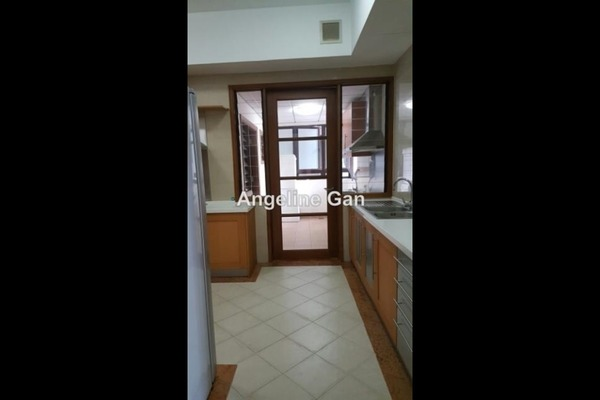 For Sale Condominium at Mont Kiara Damai, Mont Kiara Freehold Semi Furnished 3R/3B 1.5m