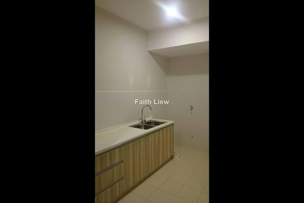 For Rent SoHo/Studio at Pacific Place, Ara Damansara Leasehold Semi Furnished 0R/1B 1.3k