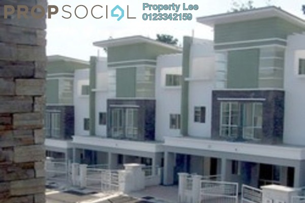 For Rent Condominium at Taman Sri Putra 2, Sungai Buloh Freehold Semi Furnished 5R/4B 1.3k