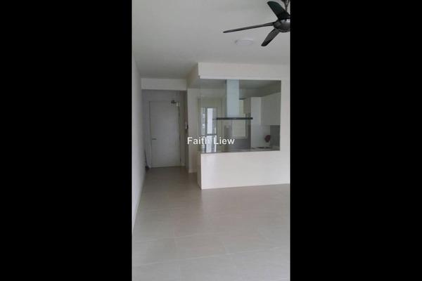 For Rent Serviced Residence at Nova Saujana, Saujana Freehold Semi Furnished 2R/2B 1.7k