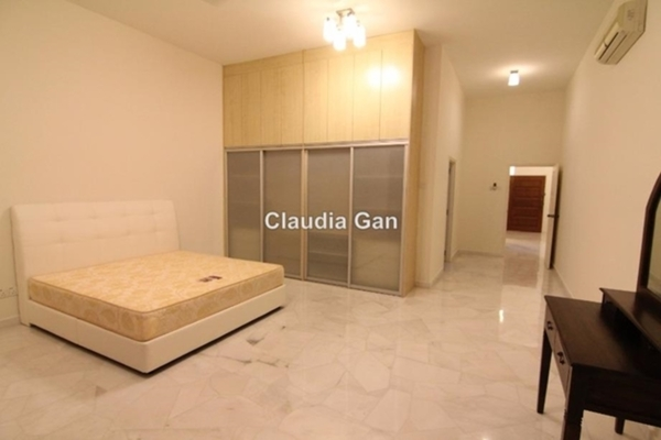 For Rent Condominium at Bayu Angkasa, Bangsar Freehold Semi Furnished 4R/4B 5k