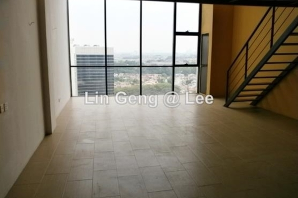 For Sale SoHo/Studio at Empire Subang, Subang Jaya Freehold Unfurnished 1R/2B 620k