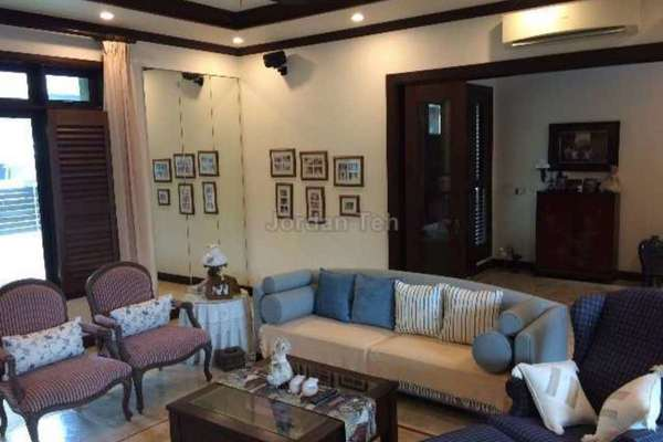 For Sale Bungalow at Kayangan Heights, Shah Alam Leasehold Semi Furnished 5R/6B 3.6m