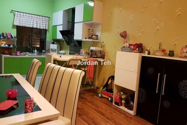 For Sale Terrace at D'Residency, Bandar Utama Leasehold Fully Furnished 4R/4B 1.23m