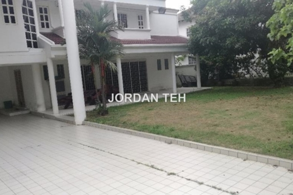 For Sale Bungalow at SS3, Kelana Jaya Freehold Semi Furnished 6R/6B 4m