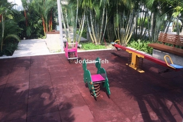 For Sale Condominium at Gateway Kiaramas, Mont Kiara Freehold Fully Furnished 1R/1B 630k