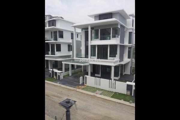 For Sale Bungalow at Casabella, Kota Damansara Leasehold Semi Furnished 6R/7B 2.58m