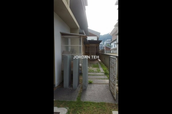 For Rent Semi-Detached at The Rafflesia, Damansara Perdana Leasehold Semi Furnished 4R/5B 6.5k