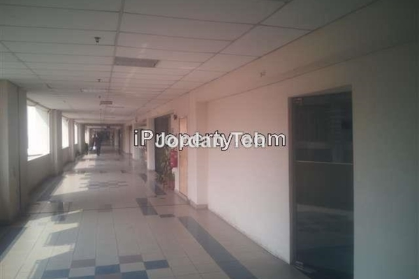 For Rent Office at IOI Business Park, Bandar Puchong Jaya Leasehold Unfurnished 0R/0B 3.5k