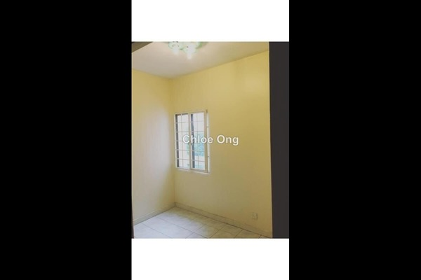 For Sale Apartment at SD Tiara Apartment, Bandar Sri Damansara Freehold Fully Furnished 3R/2B 340k
