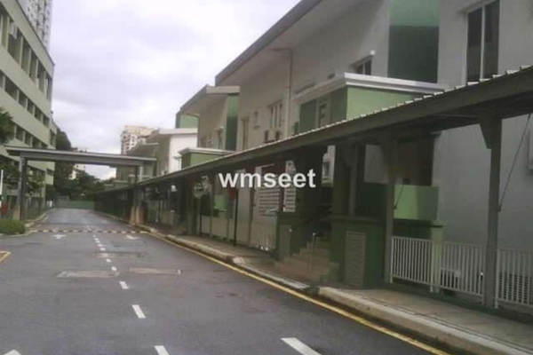 For Sale Townhouse at Casa Desa, Taman Desa  Fully Furnished 2R/2B 880k