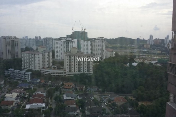 For Sale Condominium at Faber Ria, Taman Desa Freehold Unfurnished 2R/2B 530k