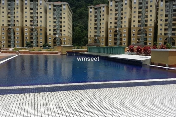 For Sale Condominium at Ketumbar Heights, Cheras Freehold Unfurnished 2R/2B 370k