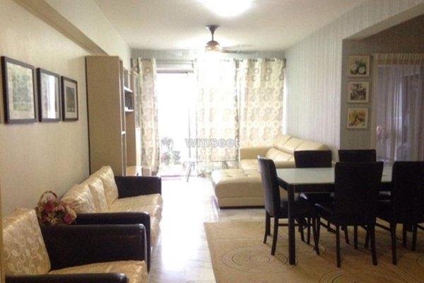 For Sale Condominium at Jasmine Towers, Petaling Jaya Freehold Semi Furnished 3R/2B 720k