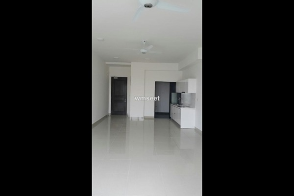 For Rent Condominium at Glomac Centro, Bandar Utama Leasehold Semi Furnished 3R/2B 2k