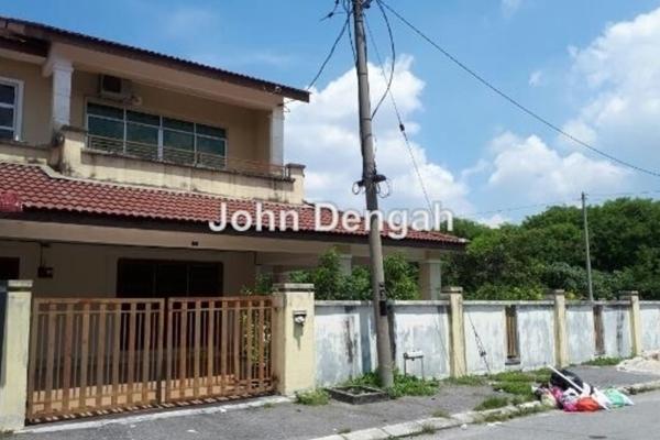 For Sale Terrace at Taman Pengkalan Utama, Ipoh  Semi Furnished 3R/3B 600k
