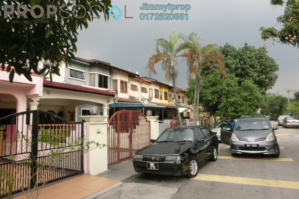 For Sale Terrace at Taman Sri Subang, Bandar Sunway Freehold Semi Furnished 3R/2B 700k