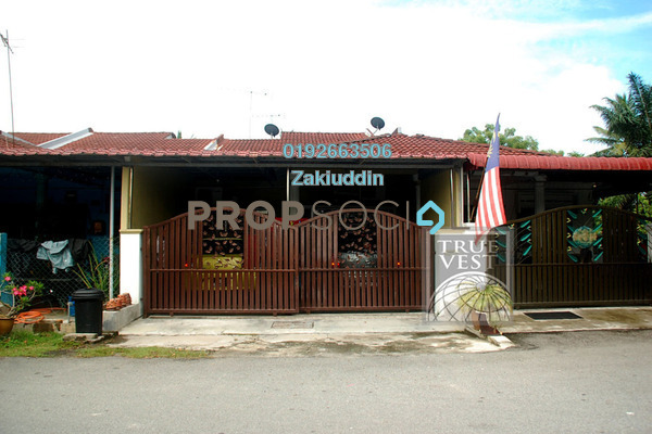 For Sale Terrace at Taman Bentara, Kuala Selangor Leasehold Semi Furnished 4R/2B 280k