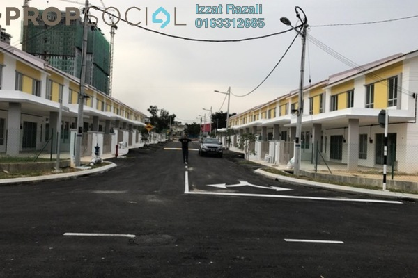 For Sale Terrace at Bandar Rinching, Semenyih Freehold Unfurnished 3R/3B 590k