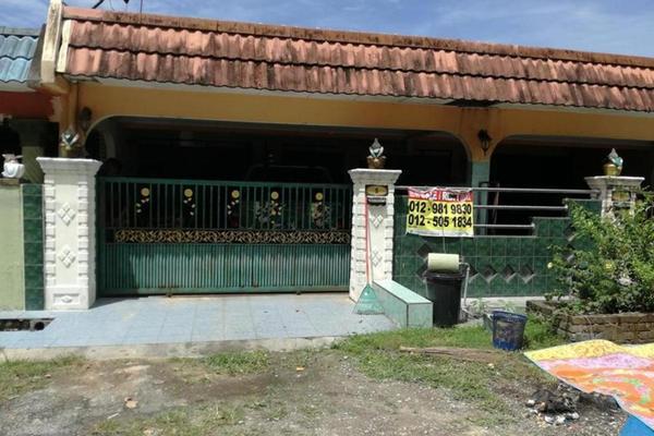For Sale Terrace at Taman Pinji Mewah, Ipoh Freehold Unfurnished 3R/2B 105k