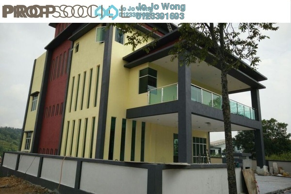 For Sale Bungalow at Emerald East, Rawang Freehold Fully Furnished 7R/8B 3.2m