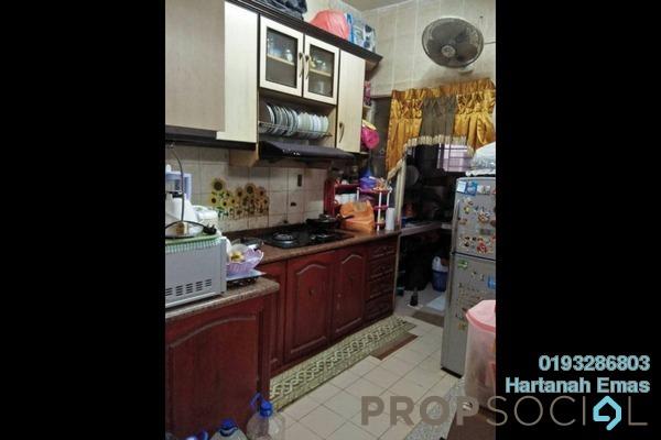 For Sale Apartment at Mutiara Subang Apartment, Subang Freehold Semi Furnished 3R/2B 280k