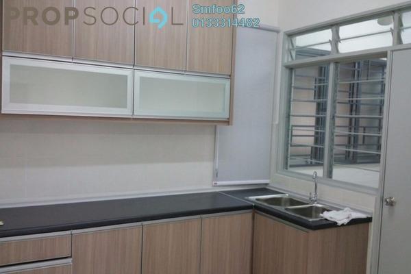 For Rent Condominium at Main Place Residence, UEP Subang Jaya Freehold Semi Furnished 3R/2B 1.8k